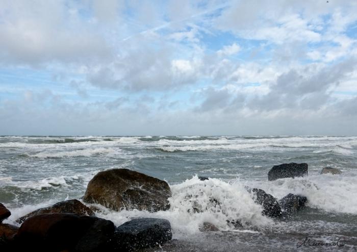 Herbst Meer Sturm Brandung Lønstrup