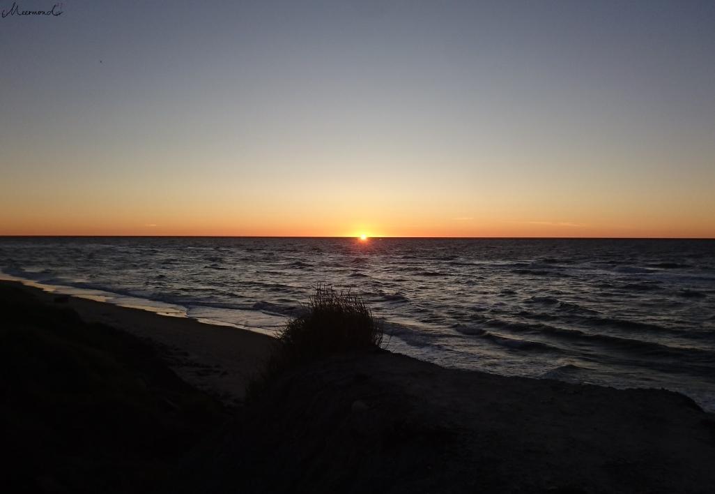 Hirtshals Oktober Sonnenuntergang.jpg