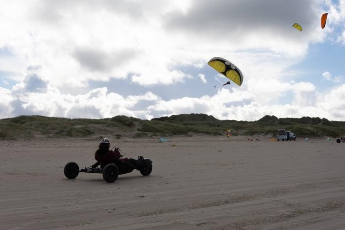 Strand Buggy Drachen Kitebuggy.jpg